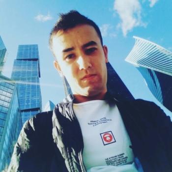 Ruslan Pak