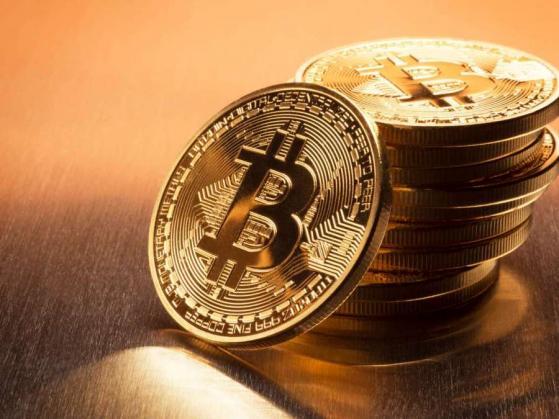 """""""Google"""" ir """"Yahoo Finance"""" dabar rodo """"Bitcoin"""" kainą - Bitcoin"""