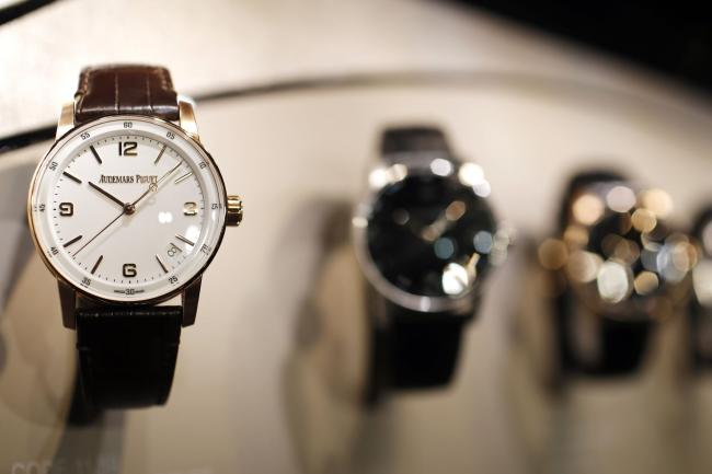Swiss Watch Exports Plunged in April on Coronavirus Lockdowns