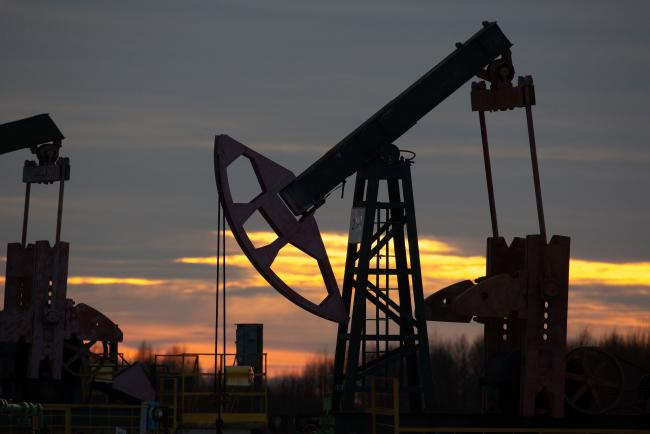 Oil Erases Gains With Industry Report Showing Rising U.S. Supply