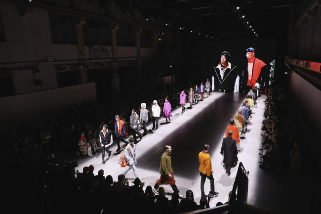 One In Four British Fashion Jobs May Disappear Group Says By Bloomberg