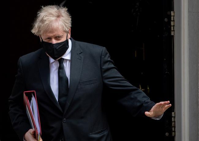 U.K.'s Johnson 'Anxious' as Covid-19 Variant Doubles in Week