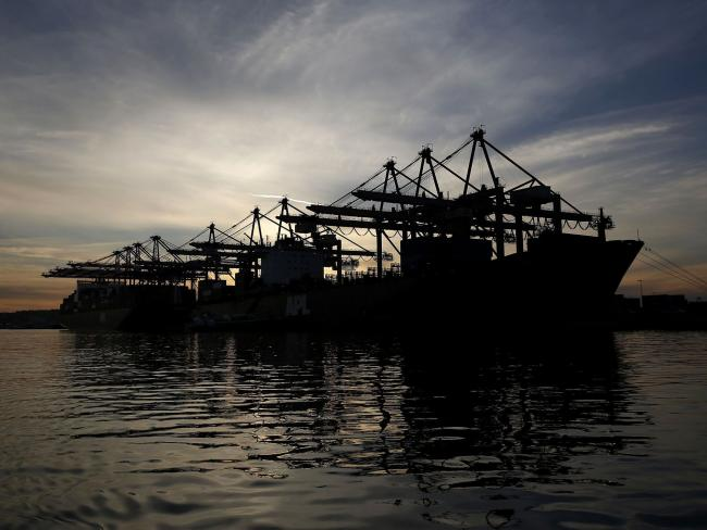 U.S. May Exports Sink to 11-Year Low as Imports Drop